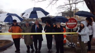 Dick Brescia, Alex Knopp, Mayor Harry Rilling, Sherelle Harris, Patsy Brescia,Vanessa Valadares cutting the ribbon.